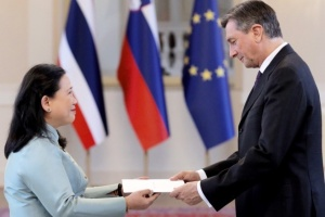 Miss Morakot Sriswasdi, Ambassador of Thailand to Austria presented to H.E. Mr. Borat Pahor, President of the Republic of Slovenia the Letters of Credence accrediting her as Ambassador Extraordinary and Plenipotentiary  of the Kingdom of Thailand to the